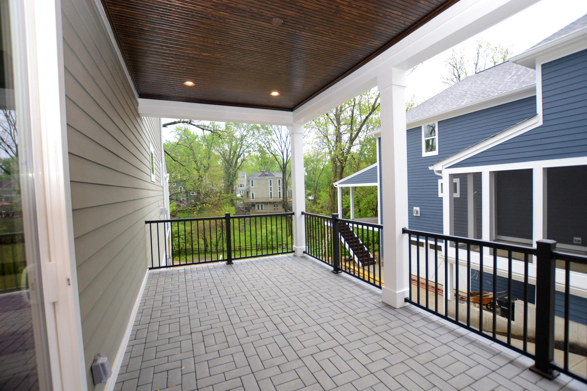54 Side Porch (2)