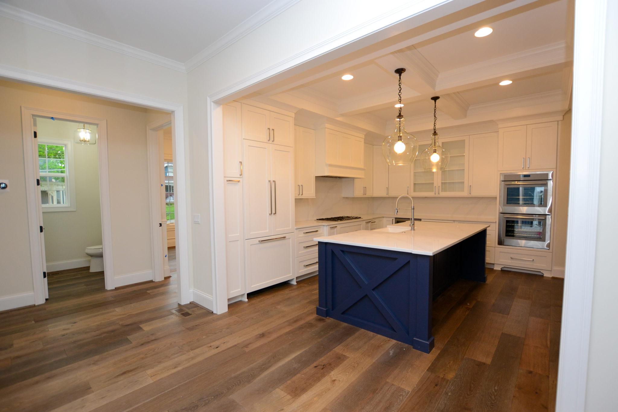 8 Entry Kitchen (2)